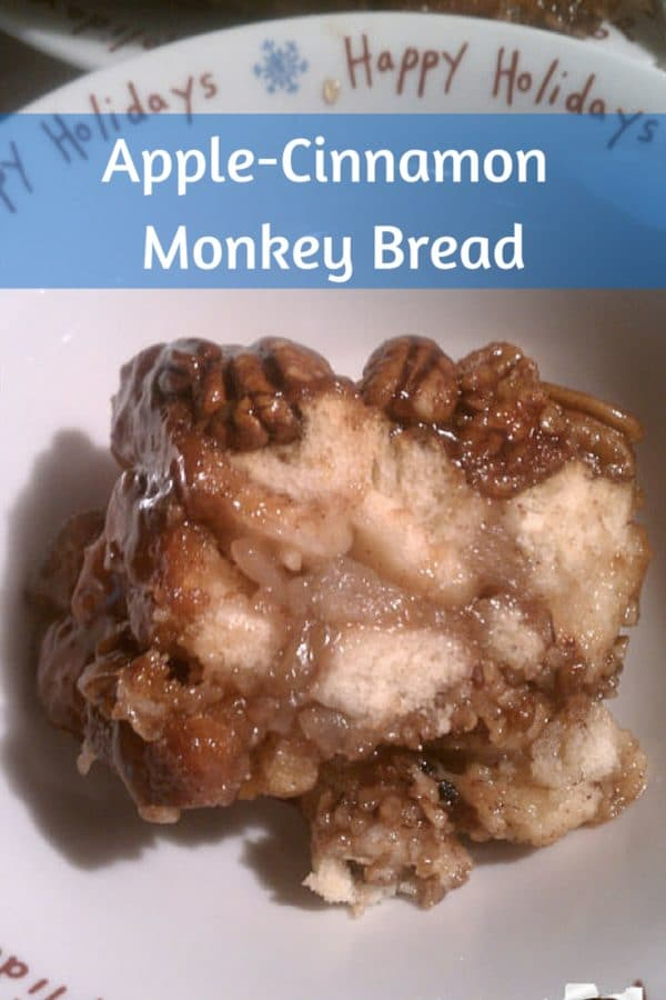 Apple-Cinnamon Monkey Bread #Recipe. Perfect for the #Holidays!