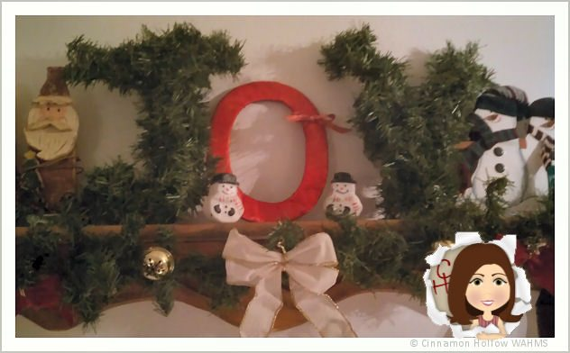 Frugal Holiday Crafts with Elmer's Holiday #GlueNGlitter – DIY Wreath Letters