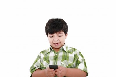 Great Tips for Kids Cell Phone Safety