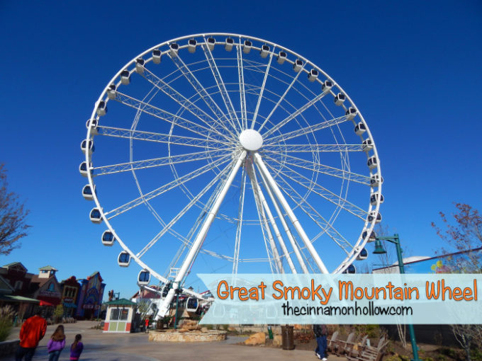 Great Smoky Mountain Wheel | The Island Pigeon Forge