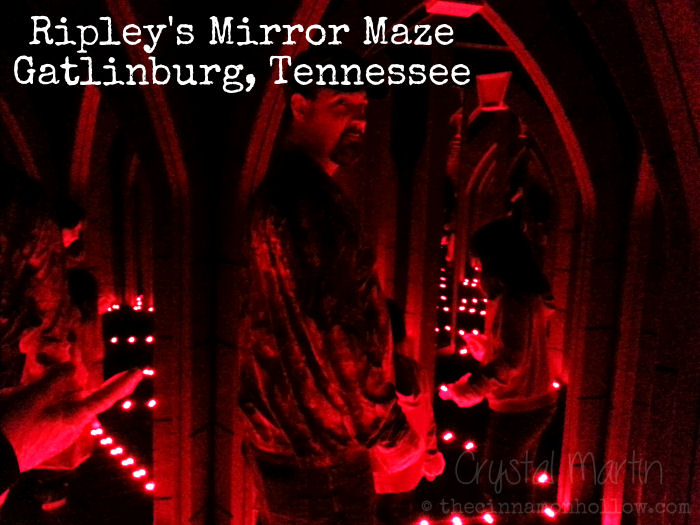 Ripleys-Mirror-Maze-Red-Room.jpg