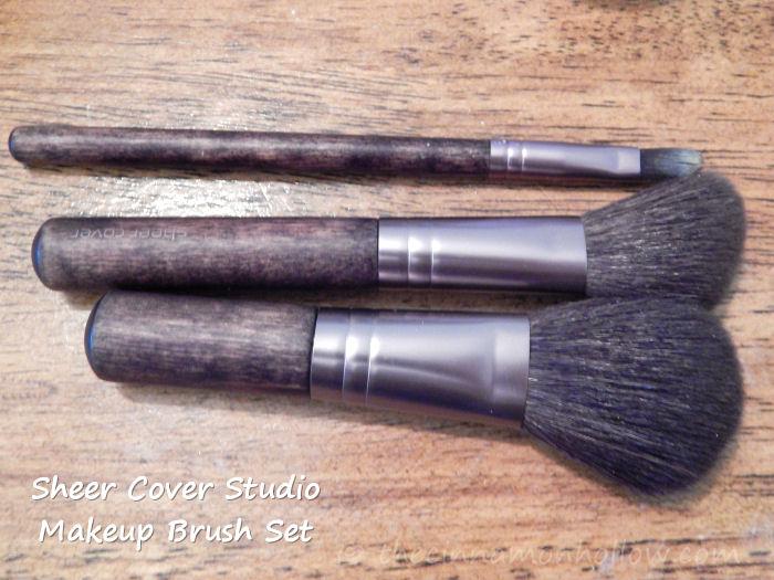 Sheer-Cover-Studio-Makeup-Brush-Set