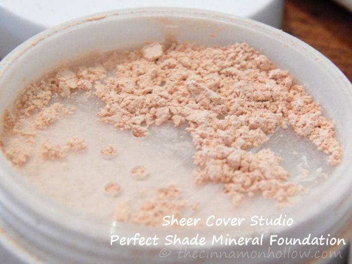 Sheer-Cover-Studio-Perfect-Shade-Mineral-Foundation