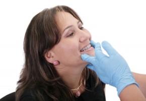 Invisalign braces versus regular braces