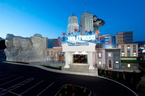 Hollywood Wax Museum Entertainment Center - Pigeon Forge