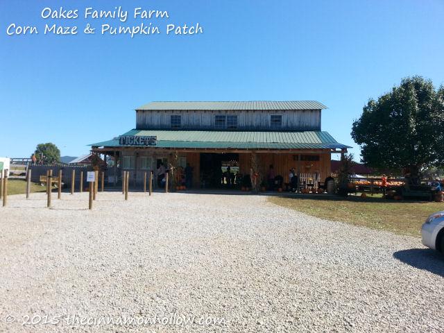 Oakes Family Farm Corn Maze and Pumpkin Patch