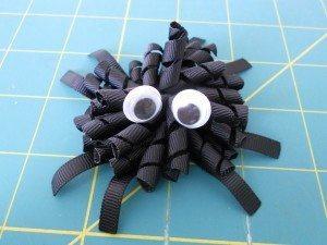 Halloween Décor Ideas - Spider Korker Bow