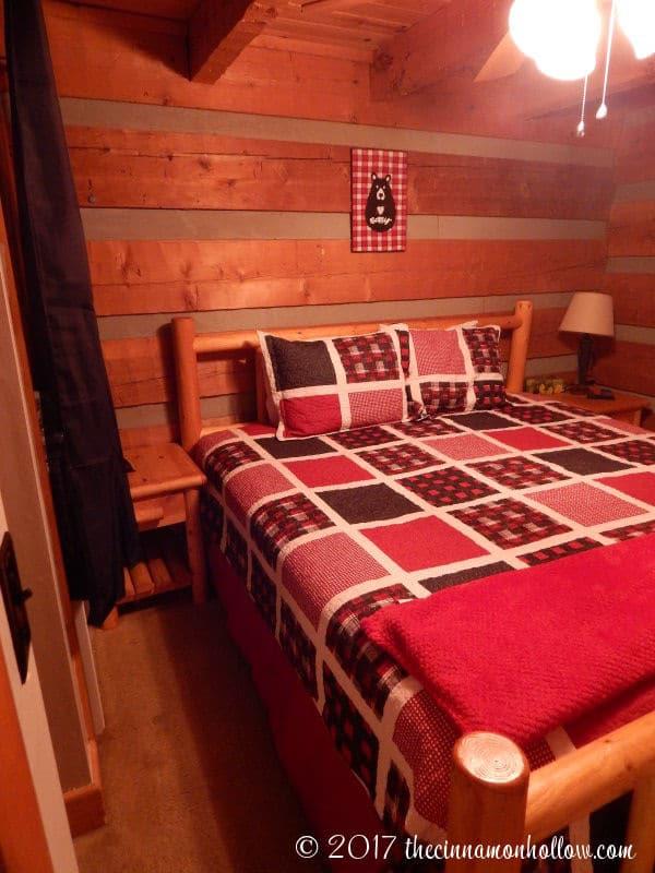 Hapey Memories Cabin Bedroom