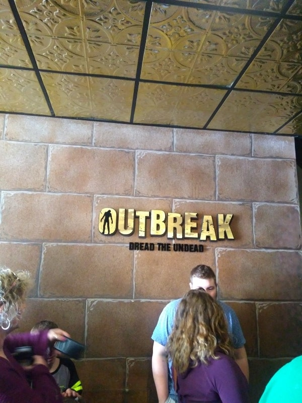 Outbreak - Hollywood Wax Museum - Castle Of Chaos