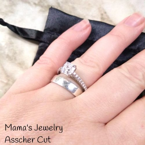 Give Her This Gorgeous Asscher Cut Swarovski Zirconia Solitaire For Valentine's Day!