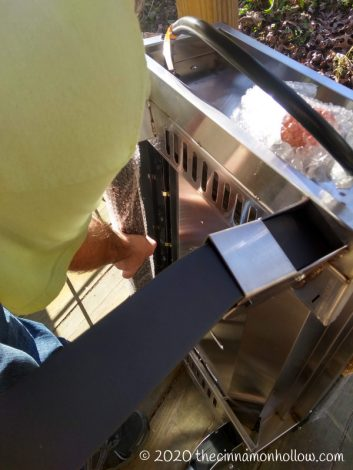 Camp Chef Portable Flat Top Grill Assembly