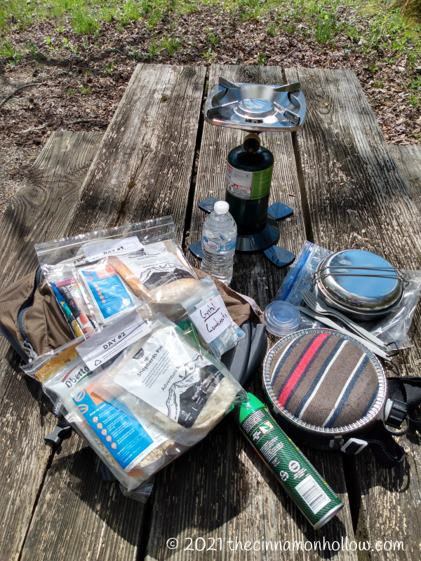 Our Day Hike Gear - Right On Trek