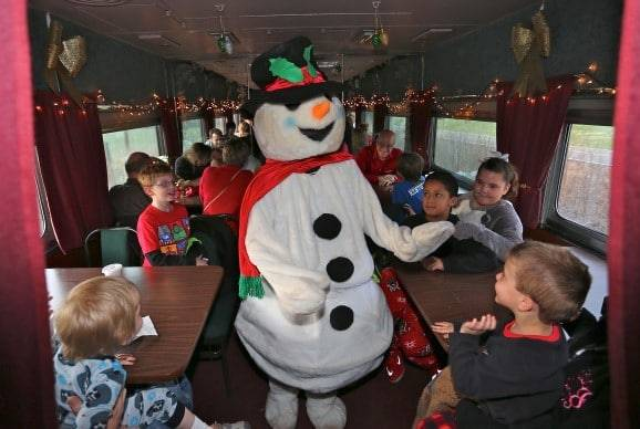 Book A Holiday Train Ride On The North Pole Express!