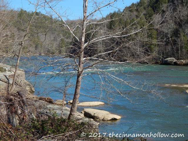 Day Trip And Picnic At Cumberland Falls State Resort Park
